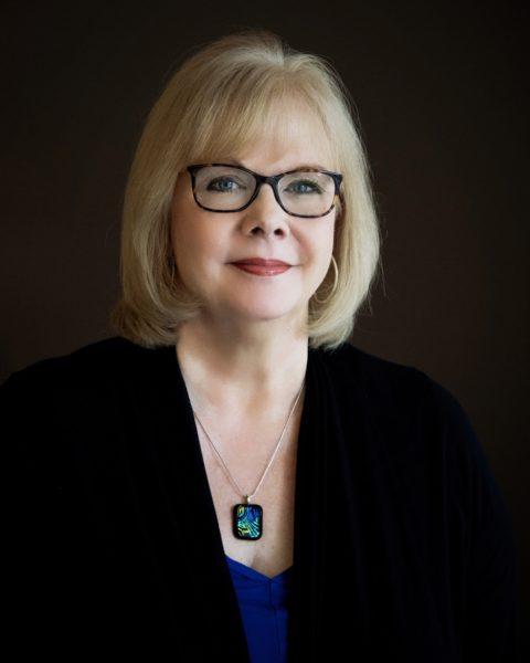 Paula Eckard headshot